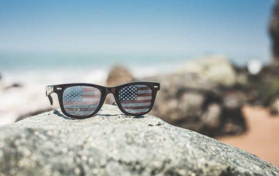 Funny USA America Flag Retro Sunglasses